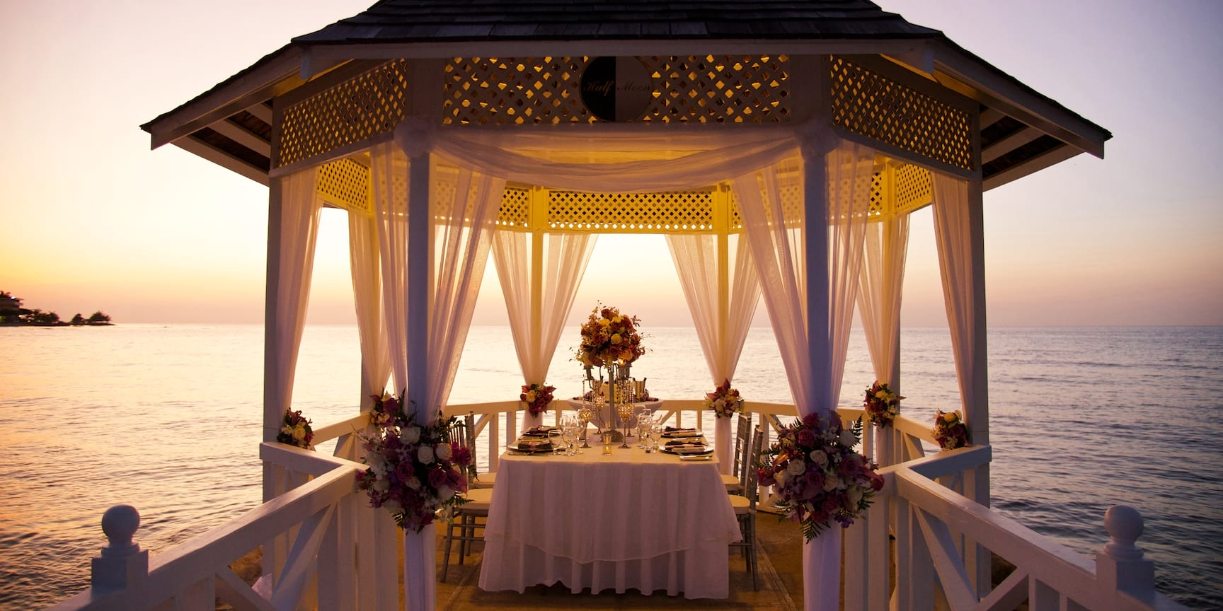 HalfMoon_wedding_gazebo